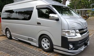 13 Seater Mini bus Hotline