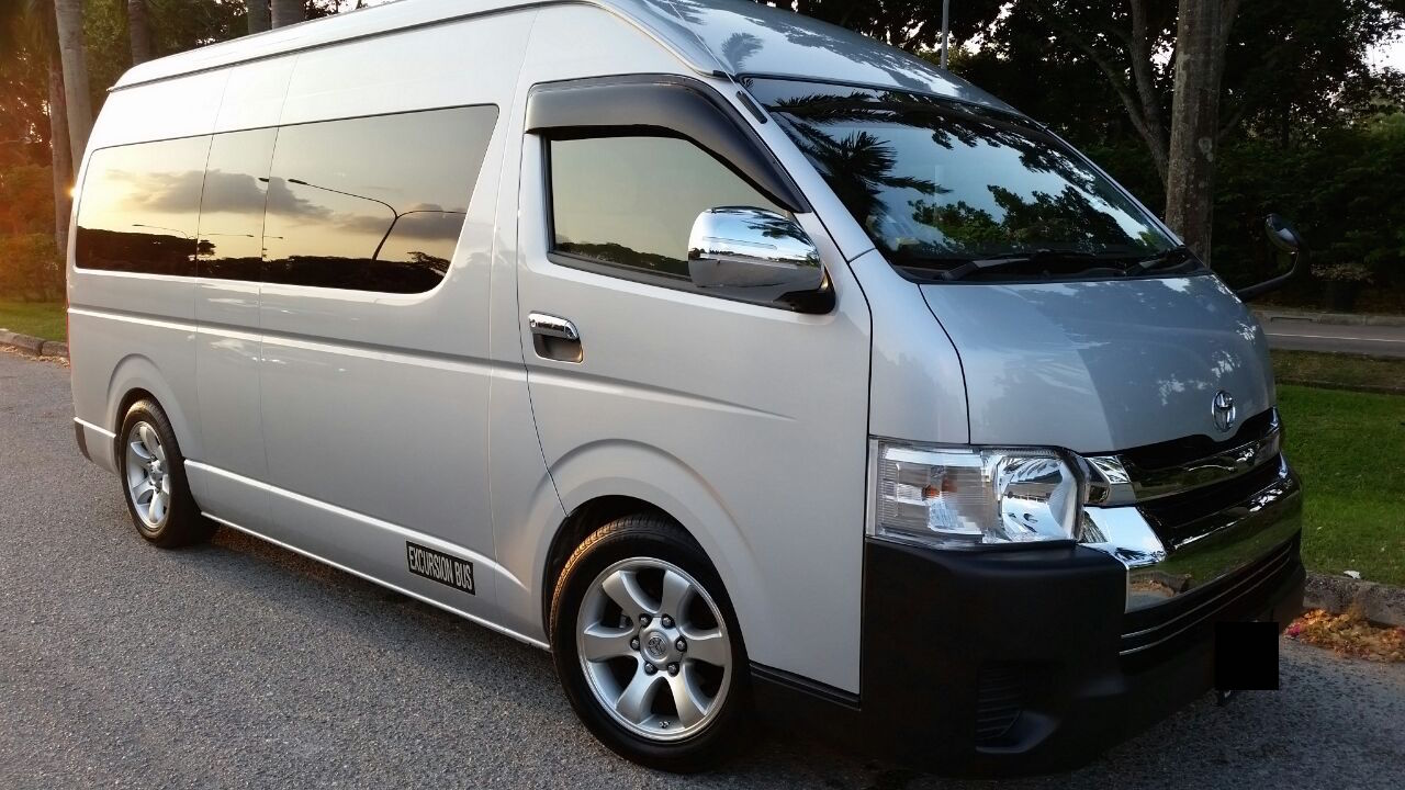 mini bus charter