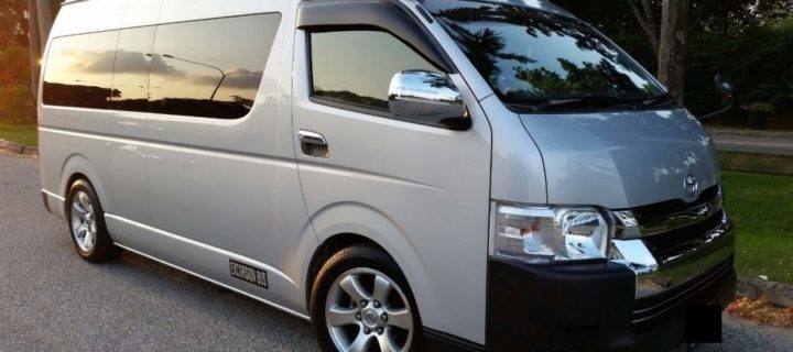 Hiring a Minibus for Your Tour in Singapore